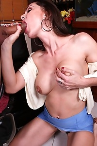 Older slut Nora Noir bouncing on a big cock.