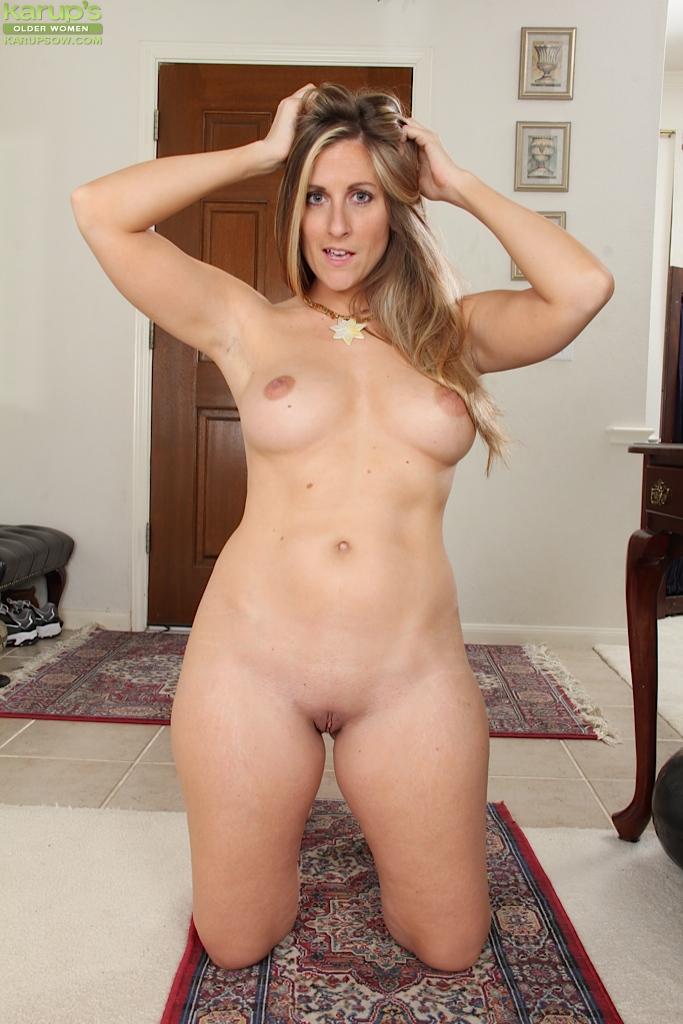 Mature older women nude cute
